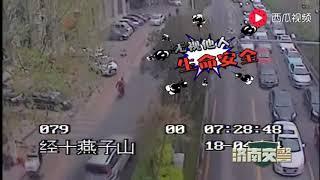 霸道车主济南街头上演疯狂逃窜!交警怒砸了车窗!视频有点刺激…