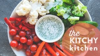 How To Make Dairy Free Ranch Dressing // Living Deliciously With Almond Breeze