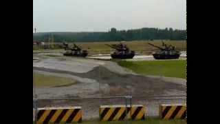 Непобедимые и легендарные 2010 в Жуковском / Dancing tanks(Зачистка спецназом базы террористов и танцующие танки. Подпишись, если понравилось видео http://goo.gl/X2VHh3 Пабли..., 2010-07-04T19:03:58.000Z)