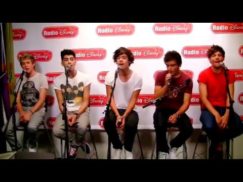 One Direction - What Makes You Beautiful [acoustic ] - Radio Disney