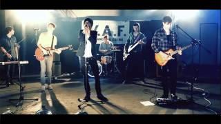 W.A.F. - Pouhou vteřinou (oficiální videoklip)