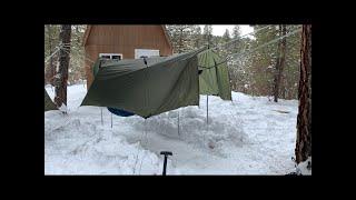 Winter Hammock Camping - 2 people, 1 tarp, sąme 2 trees