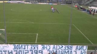 Brescia-Novara : Entrata in campo delle squadre