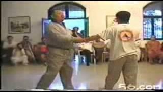 Repeat youtube video Zhu Tian Xi Shaolin rou quan applications 少林柔拳