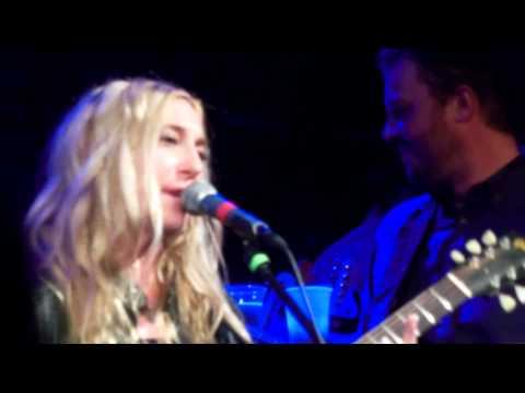 """Positively 4th Street"" -   Erika Wennerstrom of Heartless Bastards  - DylanFest -Nov 11 2013 -NYC"