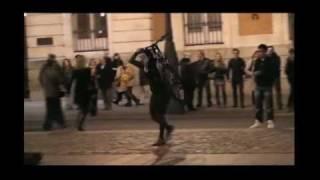 Вот как весело на улицах Мадрида (Испания)
