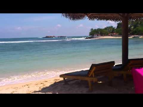 Unawatuna Beach - Galle, Sri Lanka