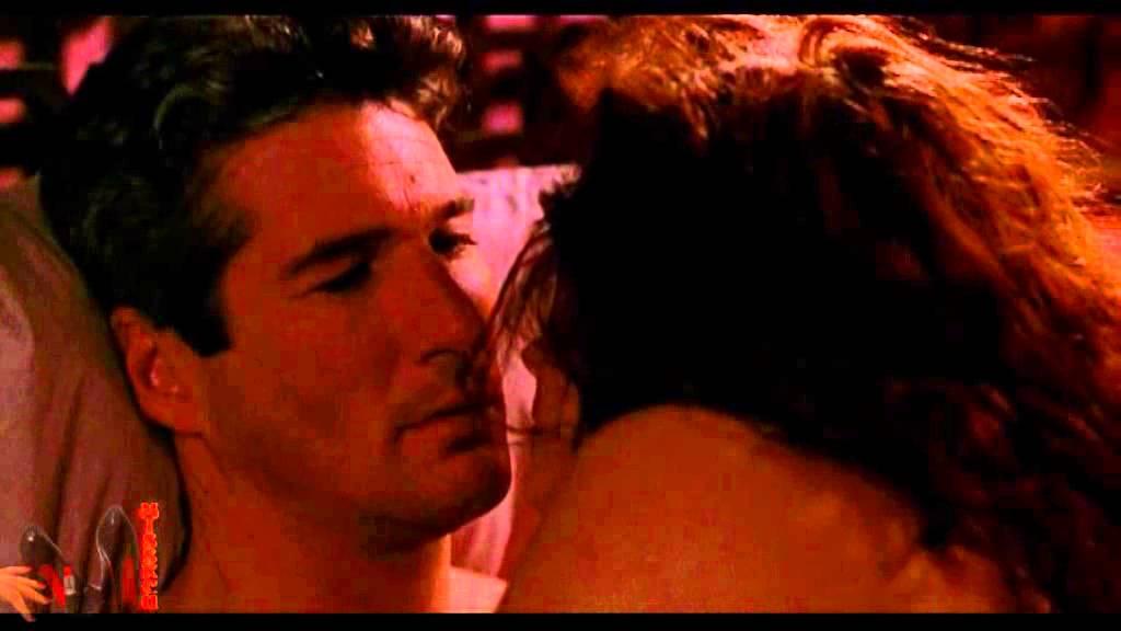 Видео красивая любовная сцена эротика, ролик не успел остановиться и кончил в киску