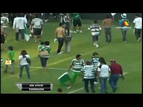 Balacera En Partido Santos vs Monarcas Morelia 20-08-11 Transmision TV Azteca