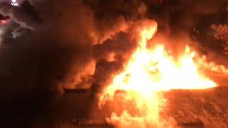 FDNY BOX 779 - FDNY BATTLING MAJOR 5TH ALARM COMMERCIAL FIRE ON VERNON AVENUE, WILLIAMSBURG BROOKLYN