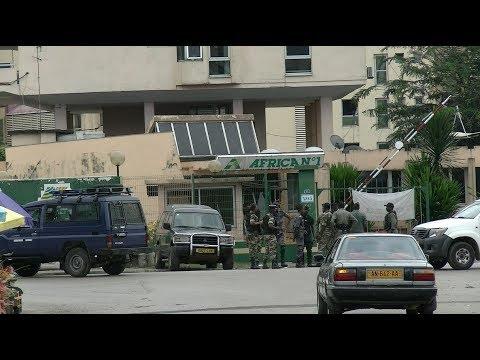 Gabon - Médias : Scènes de panique et de psychose