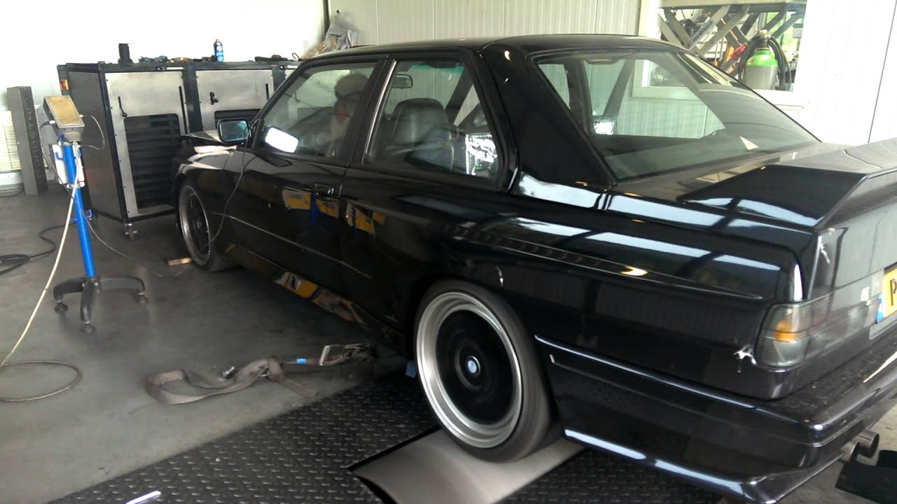 BMW E30 M3 with S54 Engine running on SIemens MSS54HP ECU on the dyno
