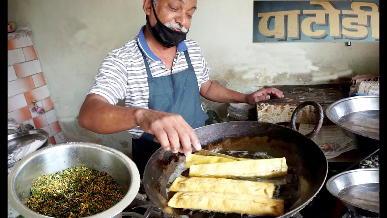 Very Famous Old Man Selling Nagpur Special Dish Patodi | Only 35 Rs Plate | Indian Street Food