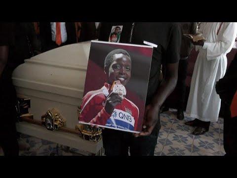 شاهد: مراسم جنازة العداءة الكينية المقتولة أغنيس تيروب