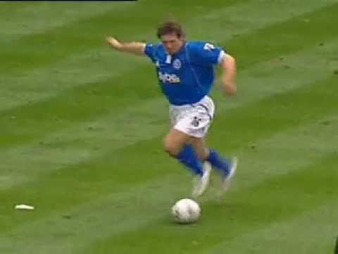 David Dunn up to his old tricks