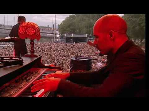 Kaizers Orchestra-Enden av november live at øya