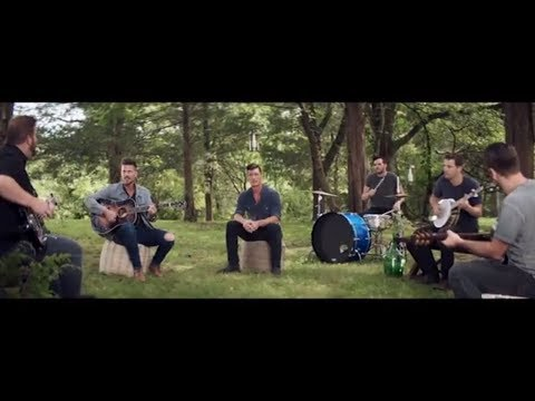 "High Valley - ""She's With Me"" (Farmhouse Sessions With Ashley HomeStore)"