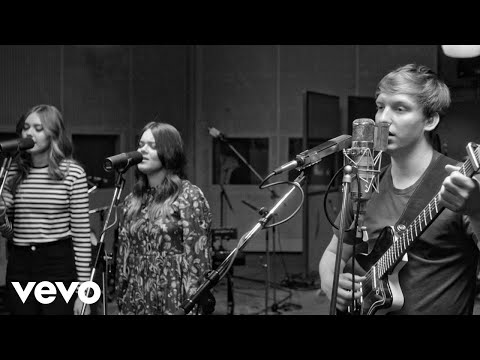 George Ezra - Saviour (Live At Abbey Road Studios)