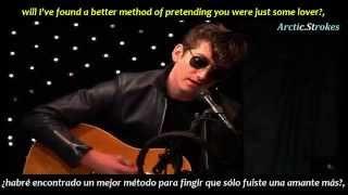 Alex Turner - Love is a laserquest (inglés y español)