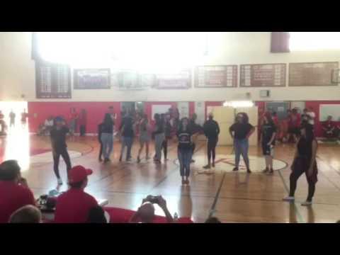 Kinnick Senior Class of 2016 Lip Sync