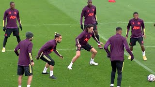 Cavani Trains With Man Utd Before Trip To Face PSG In Champions League
