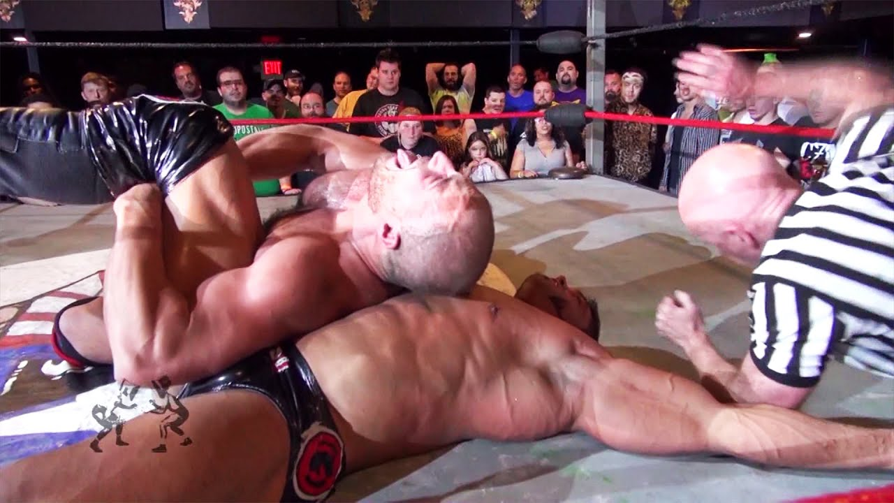 Stream Brian Cage vs. Chris Dickinson FOR FREE in HD at youtube.com/beyondemand! (14 Day Free Trial)