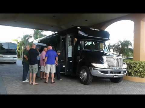 Charter bus rental l St Pete bus companies - Rent a bus