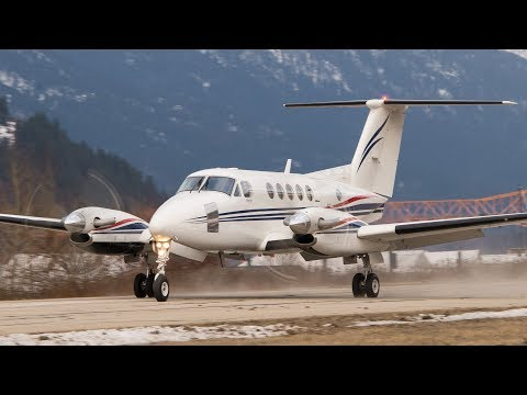 Beechcraft King Air 200 Strong Tailwind Landing