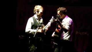 Chris Thile & Michael Daves - Salt Creek - Wheel Hoss medley
