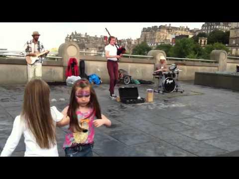Edinburgh street music