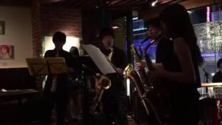 The CAFE 「MUSIC DAY」にてサックス四重奏とパーカッションでラテンの...