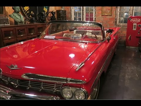 BANGKOK, TRAIN ANTIQUE NIGHT MARKET, OLD AMERICAN CARS & BIKES Vlog 111