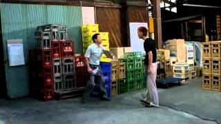 『軽蔑』2011年6月4日(土)より、角川シネマ有楽町、角川シネマ新宿ほか...