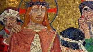 Video Chemin de Croix de la Basilique du Sacré-Coeur de Montmartre download MP3, 3GP, MP4, WEBM, AVI, FLV Desember 2017