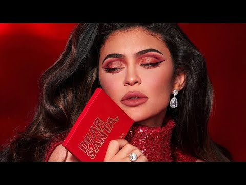 Kylie Jenner | Christmas Makeup Tutorial 2019 thumbnail