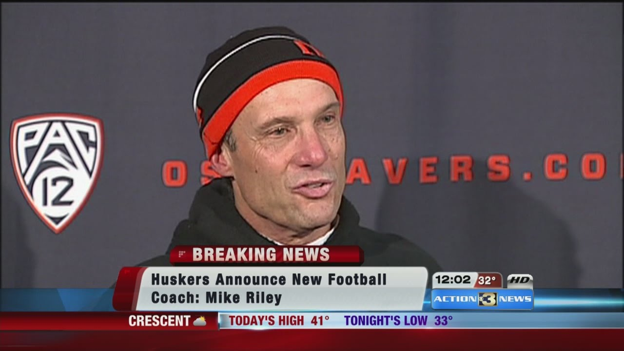 Mike Riley Huskers