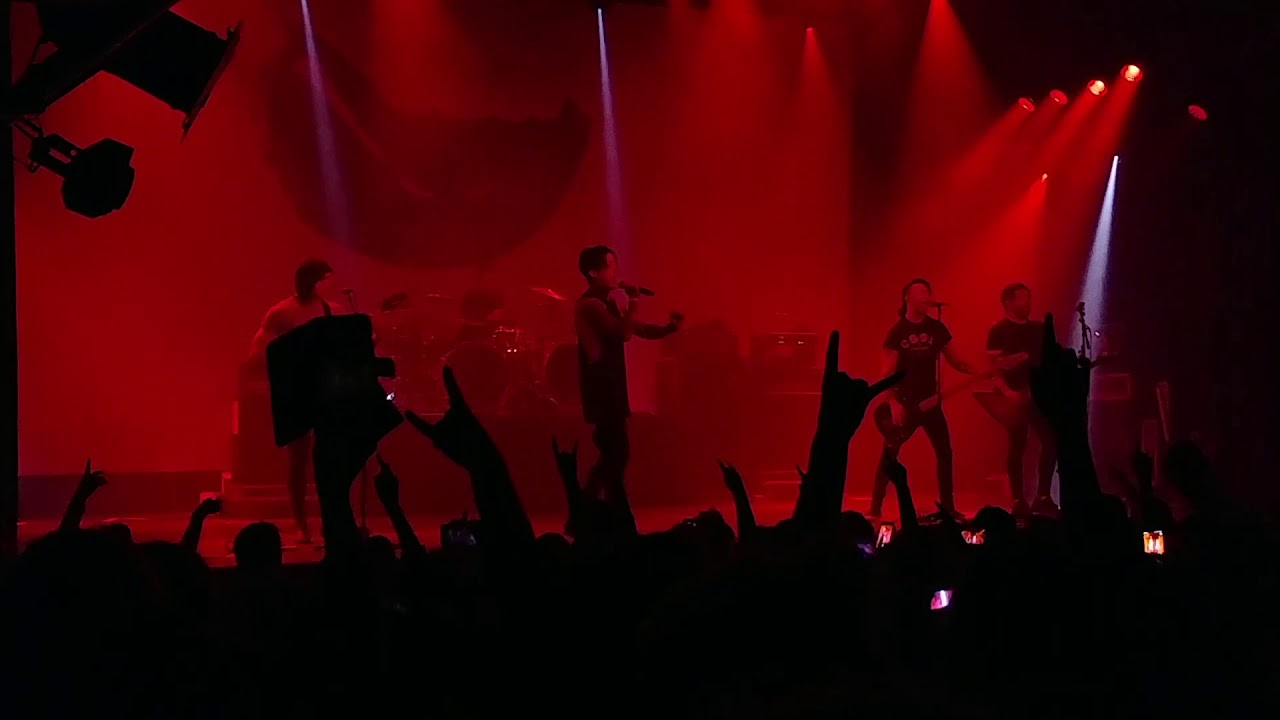 The Drug in me is You-Falling in Reverse Amsterdam 2018