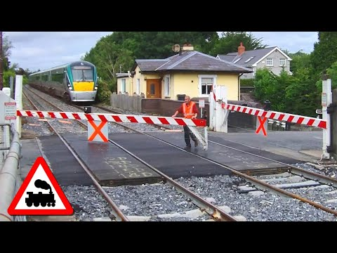 Level Crossing - Ashtown Station