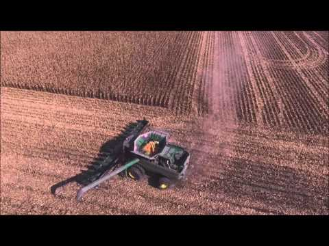MYERS FARMS SHELLING CORN AT THE SWAMPS IN BROWNSVILLE, INDIANA OCT 22, 2015
