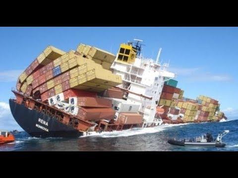 Schip Ongeval Ergste Boot En Schip Ongelukken Op Beeld