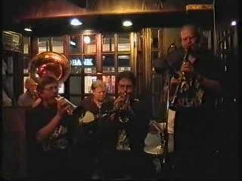 The Chant, Peruna Jazzmen