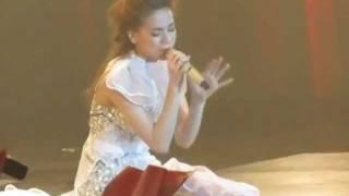 Hãy Nói Với Em - Hồ Ngọc Hà - Live Concert 2011