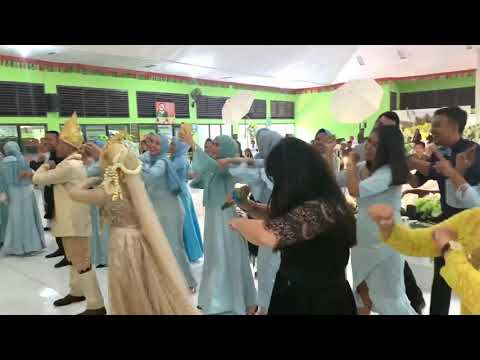 Entah Apa Yang Merasukimu Flashmob Wedding