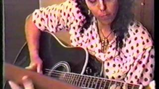 "4 Non Blondes ""Train"" 2-14-1991"