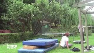 10 самых смешных видео 2011 года