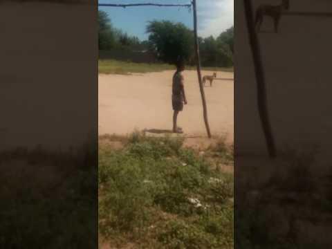 El aparición del Kurupi las 12 asustando a unos niños del barrio