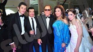 لن تصدق من هي زوجه كريم ابن الفنان محمود عبد العزيز ولن تتخيل ماذا فعل في حفل زفافه