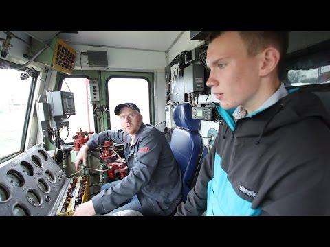 Смотреть Профпогружение №8: машинист поезда онлайн