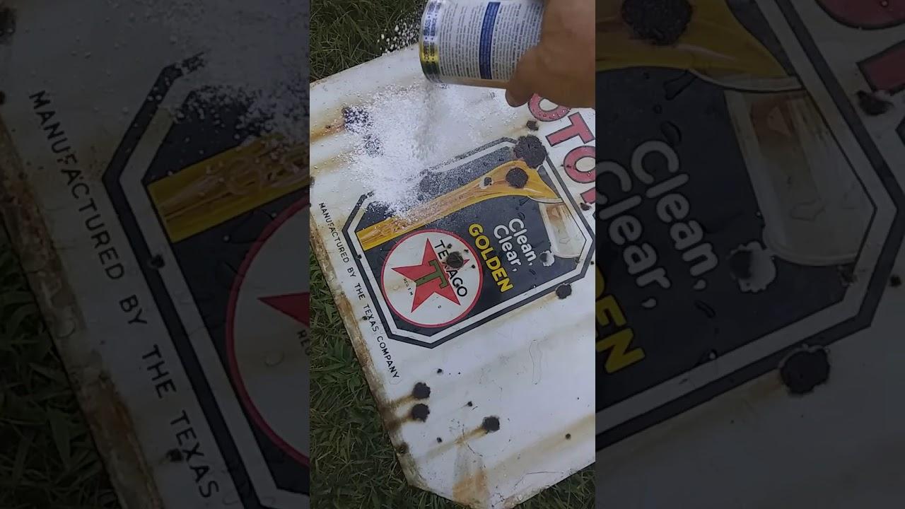 Texaco motor oil porcelain sign lollipop cleaning