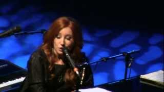 Tori Amos - Way Down / Cloud On My Tongue (Live in Amsterdam)
